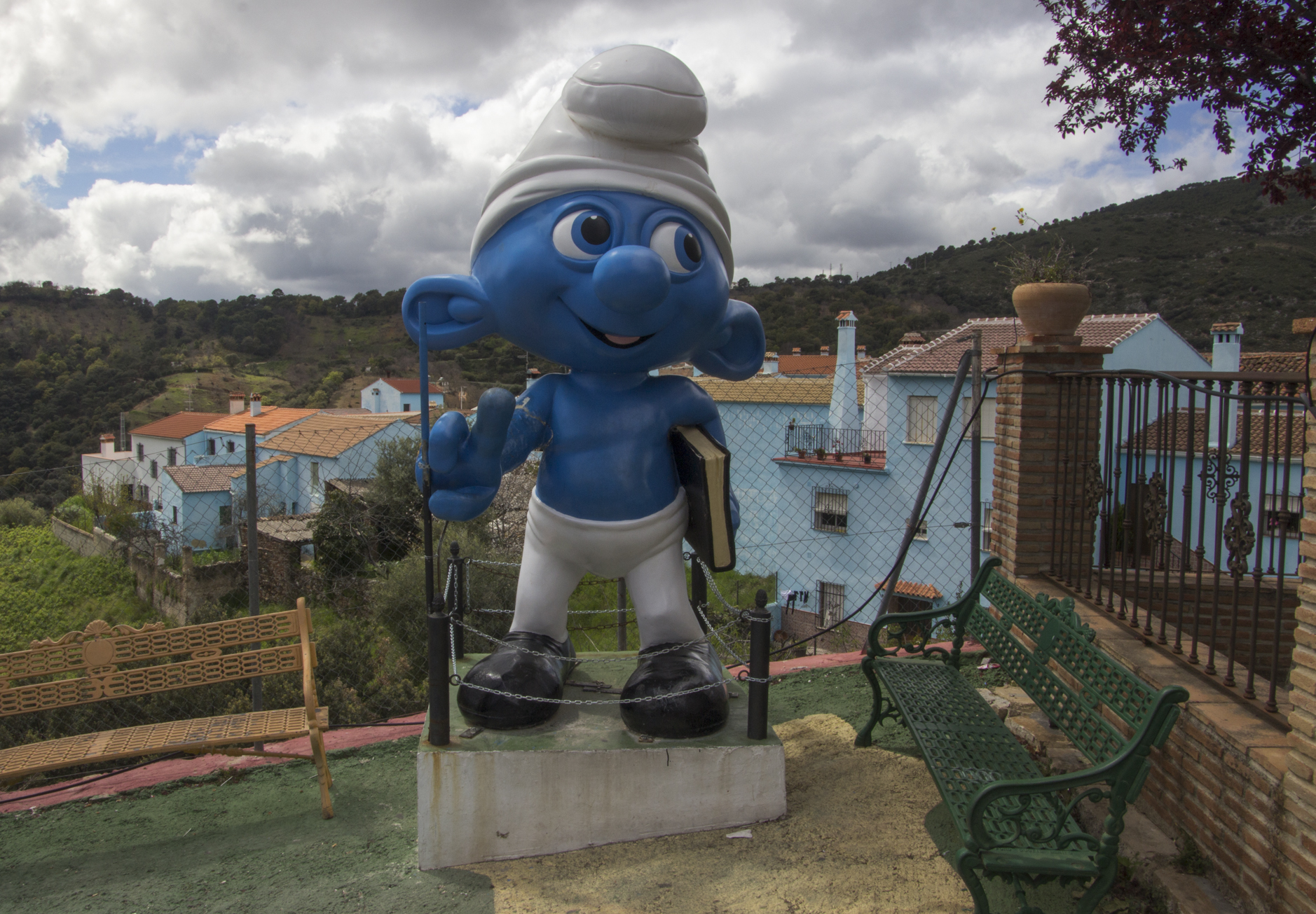 Júzcar – Welcome to Smurfville!